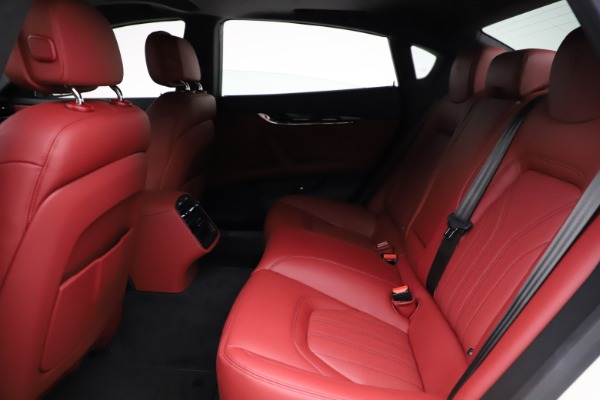 New 2021 Maserati Quattroporte S Q4 GranLusso for sale $122,349 at Alfa Romeo of Westport in Westport CT 06880 21