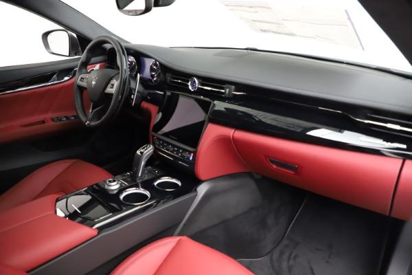 New 2021 Maserati Quattroporte S Q4 GranLusso for sale $122,349 at Alfa Romeo of Westport in Westport CT 06880 24