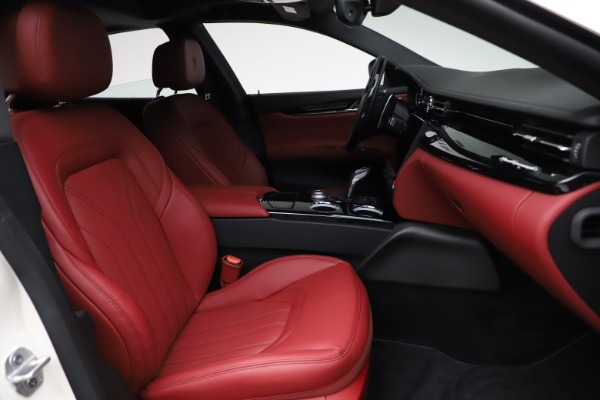 New 2021 Maserati Quattroporte S Q4 GranLusso for sale $122,349 at Alfa Romeo of Westport in Westport CT 06880 25