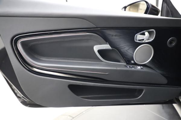 Used 2018 Aston Martin DB11 V12 for sale $159,990 at Alfa Romeo of Westport in Westport CT 06880 15