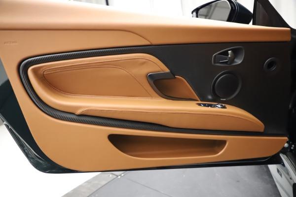 New 2021 Aston Martin DBS Superleggera Volante for sale $392,916 at Alfa Romeo of Westport in Westport CT 06880 22
