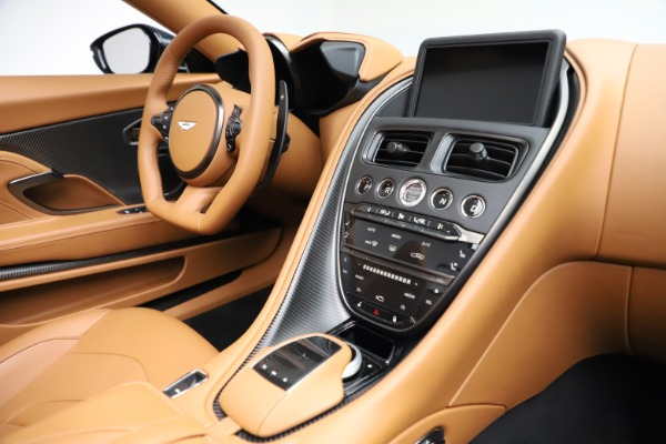 New 2021 Aston Martin DBS Superleggera Volante for sale $392,916 at Alfa Romeo of Westport in Westport CT 06880 23