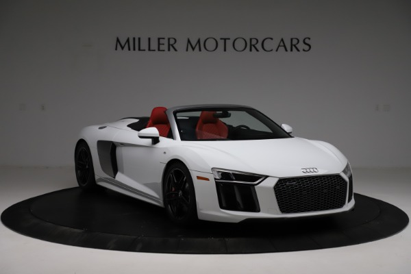 Used 2018 Audi R8 Spyder for sale $154,900 at Alfa Romeo of Westport in Westport CT 06880 11