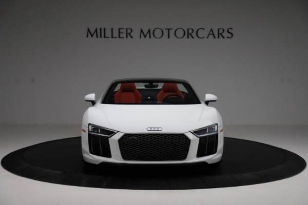 Used 2018 Audi R8 Spyder for sale $154,900 at Alfa Romeo of Westport in Westport CT 06880 12