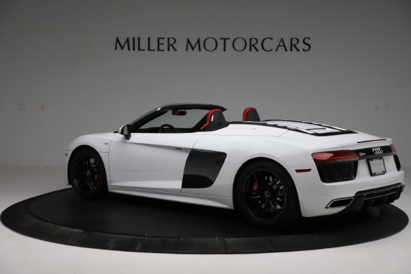 Used 2018 Audi R8 Spyder for sale $154,900 at Alfa Romeo of Westport in Westport CT 06880 4