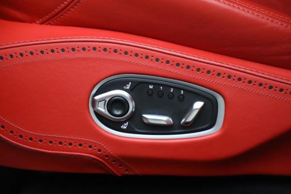 New 2021 Aston Martin DBX for sale $210,386 at Alfa Romeo of Westport in Westport CT 06880 20