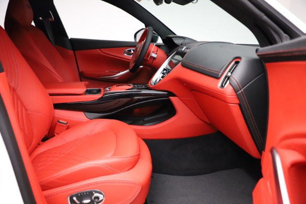 New 2021 Aston Martin DBX for sale $210,386 at Alfa Romeo of Westport in Westport CT 06880 22