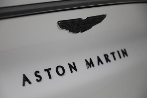 New 2021 Aston Martin DBX for sale $210,386 at Alfa Romeo of Westport in Westport CT 06880 27