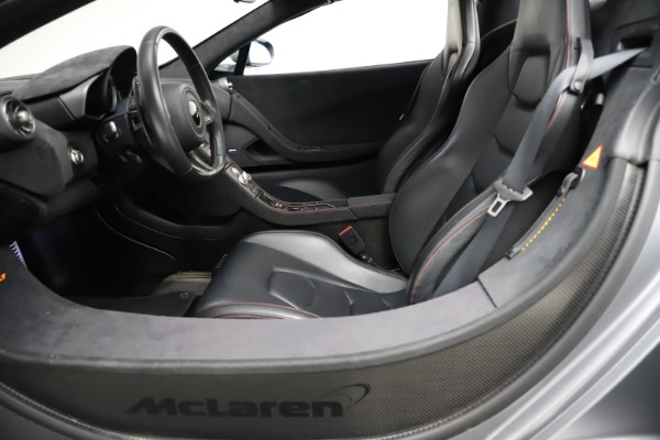 Used 2016 McLaren 675LT Spider for sale $275,900 at Alfa Romeo of Westport in Westport CT 06880 23