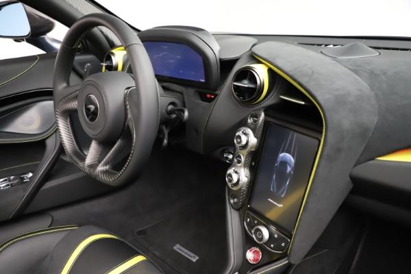 New 2021 McLaren 720S Spider for sale $351,450 at Alfa Romeo of Westport in Westport CT 06880 26