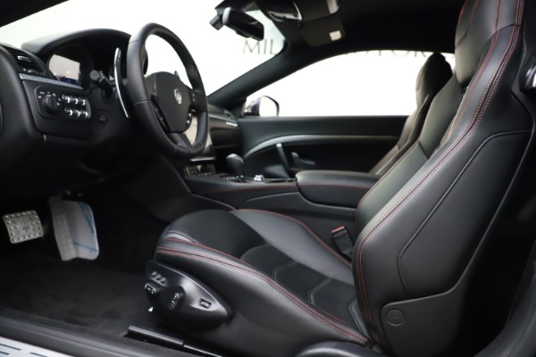 Used 2018 Maserati GranTurismo Sport for sale $99,900 at Alfa Romeo of Westport in Westport CT 06880 14