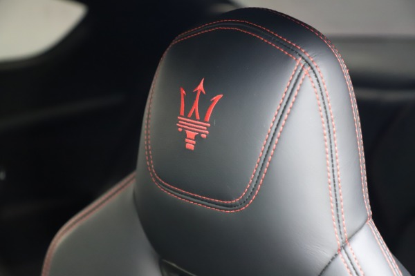 Used 2018 Maserati GranTurismo Sport for sale $99,900 at Alfa Romeo of Westport in Westport CT 06880 28