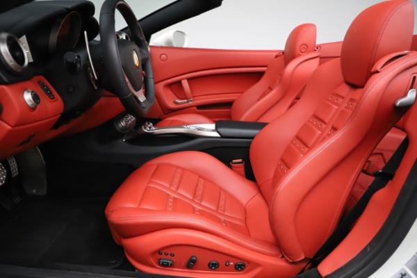 Used 2014 Ferrari California 30 for sale Sold at Alfa Romeo of Westport in Westport CT 06880 19