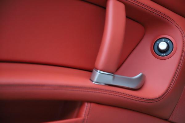 Used 2014 Ferrari California 30 for sale Sold at Alfa Romeo of Westport in Westport CT 06880 28