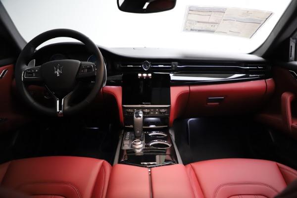 New 2021 Maserati Quattroporte S Q4 GranLusso for sale $122,435 at Alfa Romeo of Westport in Westport CT 06880 16