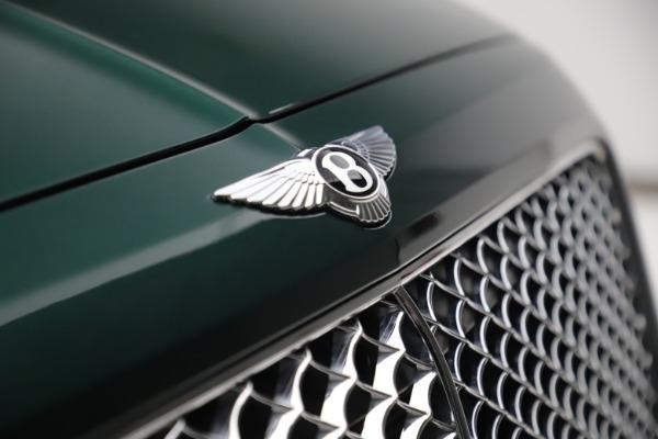 Used 2018 Bentley Bentayga W12 Signature for sale $159,900 at Alfa Romeo of Westport in Westport CT 06880 13
