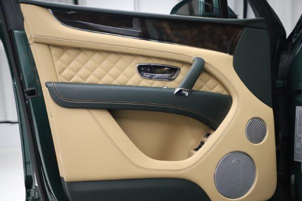 Used 2018 Bentley Bentayga W12 Signature for sale $159,900 at Alfa Romeo of Westport in Westport CT 06880 15