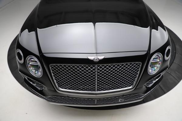 Used 2018 Bentley Bentayga W12 Signature for sale $153,900 at Alfa Romeo of Westport in Westport CT 06880 14