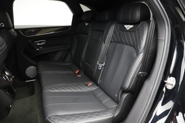 Used 2018 Bentley Bentayga W12 Signature for sale $153,900 at Alfa Romeo of Westport in Westport CT 06880 24
