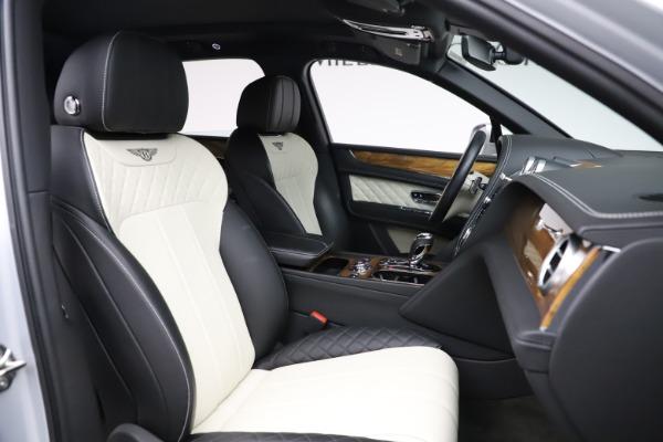 Used 2018 Bentley Bentayga Activity Edition for sale $146,900 at Alfa Romeo of Westport in Westport CT 06880 28