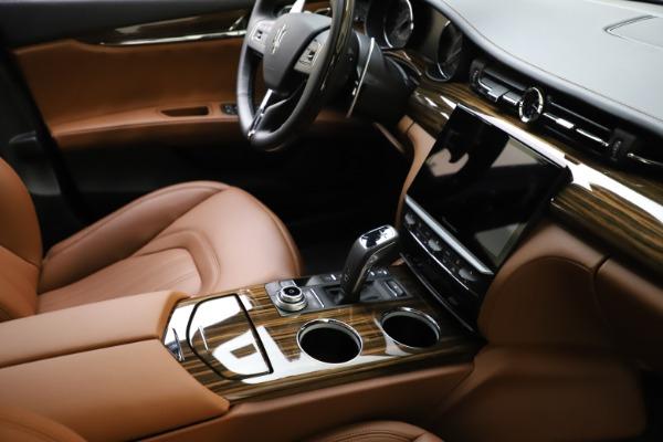 New 2021 Maserati Quattroporte S Q4 GranLusso for sale $123,549 at Alfa Romeo of Westport in Westport CT 06880 21
