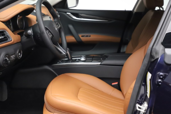 New 2021 Maserati Ghibli S Q4 for sale $86,954 at Alfa Romeo of Westport in Westport CT 06880 13