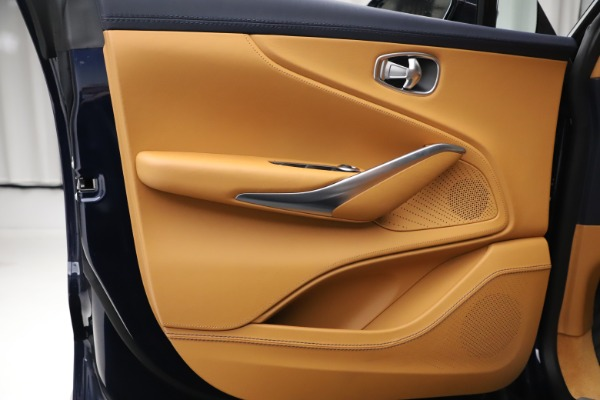 New 2021 Aston Martin DBX for sale $205,386 at Alfa Romeo of Westport in Westport CT 06880 16