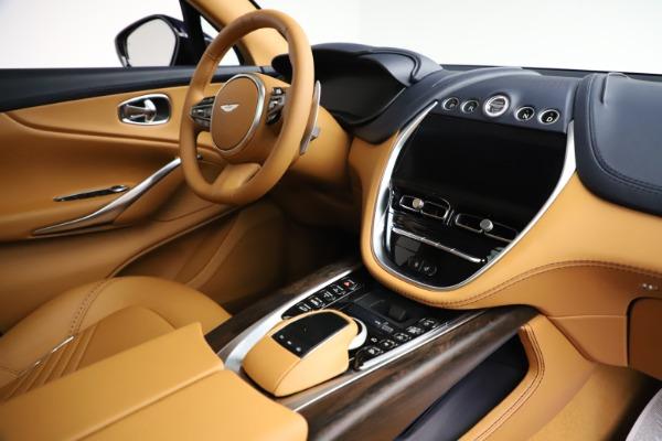 New 2021 Aston Martin DBX for sale $205,386 at Alfa Romeo of Westport in Westport CT 06880 20