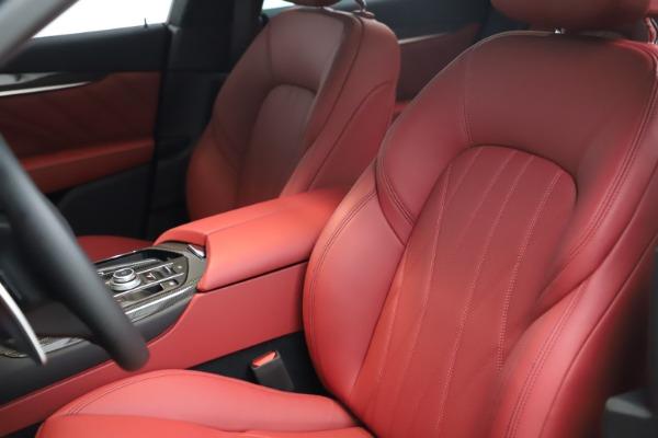 New 2021 Maserati Levante S Q4 GranLusso for sale $105,549 at Alfa Romeo of Westport in Westport CT 06880 14