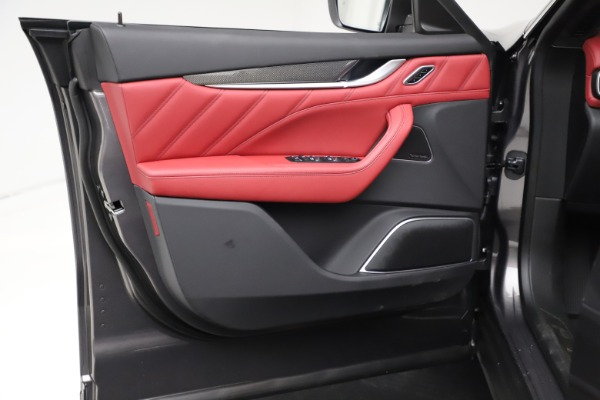 New 2021 Maserati Levante S Q4 GranLusso for sale $105,549 at Alfa Romeo of Westport in Westport CT 06880 16