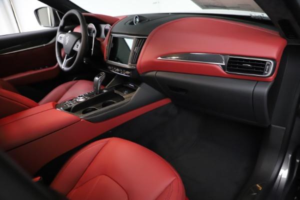 New 2021 Maserati Levante S Q4 GranLusso for sale $105,549 at Alfa Romeo of Westport in Westport CT 06880 20