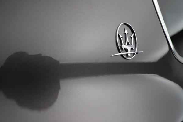 New 2021 Maserati Levante S Q4 GranLusso for sale $105,549 at Alfa Romeo of Westport in Westport CT 06880 24