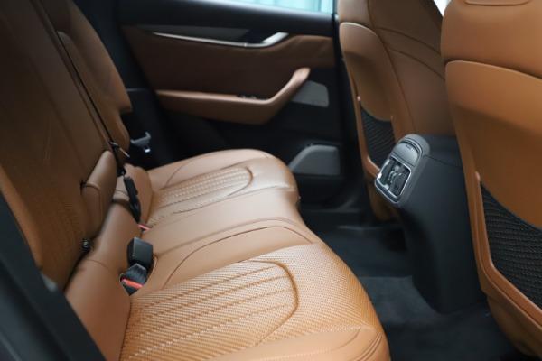 New 2021 Maserati Levante S Q4 GranSport for sale $114,485 at Alfa Romeo of Westport in Westport CT 06880 24