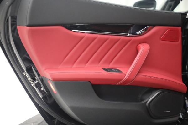 New 2021 Maserati Quattroporte S Q4 for sale $119,589 at Alfa Romeo of Westport in Westport CT 06880 26