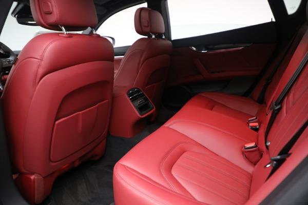 New 2021 Maserati Quattroporte S Q4 for sale $119,589 at Alfa Romeo of Westport in Westport CT 06880 27