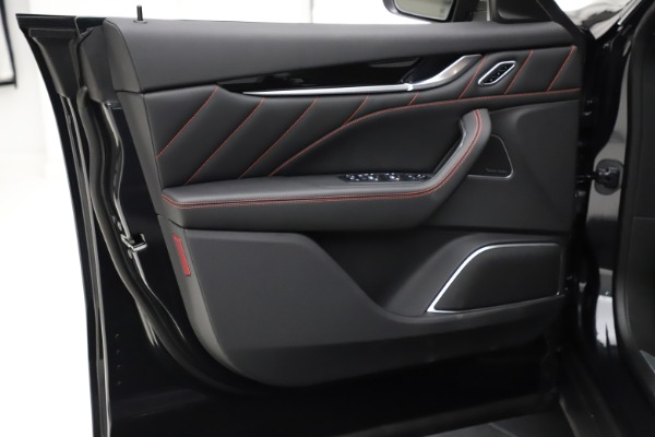 New 2021 Maserati Levante Q4 GranSport for sale $92,735 at Alfa Romeo of Westport in Westport CT 06880 17