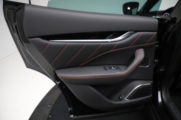 New 2021 Maserati Levante Q4 GranSport for sale $92,735 at Alfa Romeo of Westport in Westport CT 06880 20