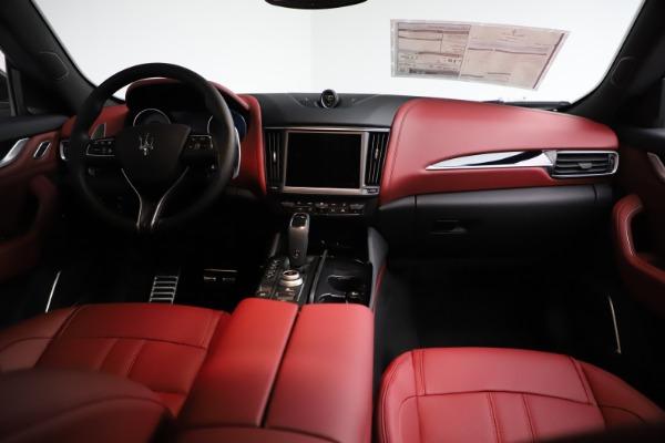 New 2021 Maserati Levante Q4 GranSport for sale $93,685 at Alfa Romeo of Westport in Westport CT 06880 16