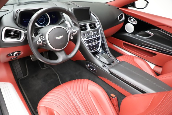 Used 2019 Aston Martin DB11 Volante for sale $211,990 at Alfa Romeo of Westport in Westport CT 06880 14