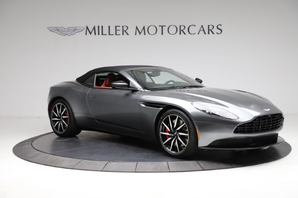 Used 2019 Aston Martin DB11 Volante for sale $211,990 at Alfa Romeo of Westport in Westport CT 06880 27