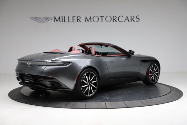 Used 2019 Aston Martin DB11 Volante for sale $211,990 at Alfa Romeo of Westport in Westport CT 06880 7