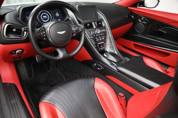 Used 2019 Aston Martin DB11 Volante for sale $209,990 at Alfa Romeo of Westport in Westport CT 06880 19