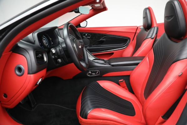 Used 2019 Aston Martin DB11 Volante for sale $209,990 at Alfa Romeo of Westport in Westport CT 06880 20