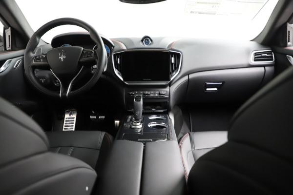 New 2021 Maserati Ghibli S Q4 GranSport for sale $100,635 at Alfa Romeo of Westport in Westport CT 06880 18