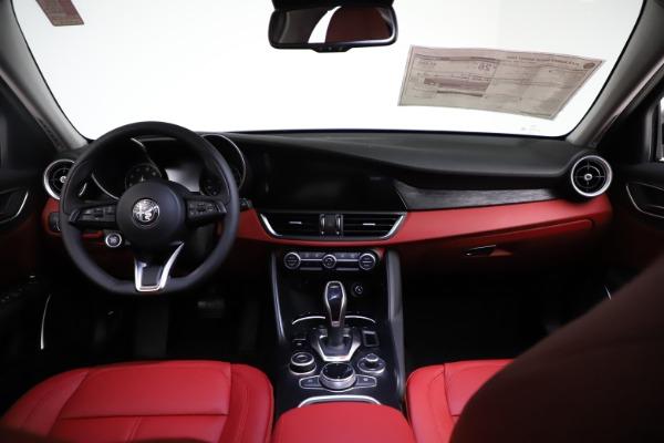 New 2021 Alfa Romeo Giulia Q4 for sale $48,535 at Alfa Romeo of Westport in Westport CT 06880 16