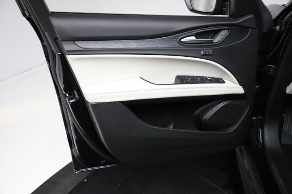 New 2021 Alfa Romeo Stelvio Q4 for sale $50,245 at Alfa Romeo of Westport in Westport CT 06880 17