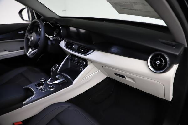 New 2021 Alfa Romeo Stelvio Q4 for sale $50,245 at Alfa Romeo of Westport in Westport CT 06880 22
