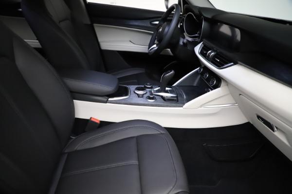 New 2021 Alfa Romeo Stelvio Q4 for sale $50,245 at Alfa Romeo of Westport in Westport CT 06880 23