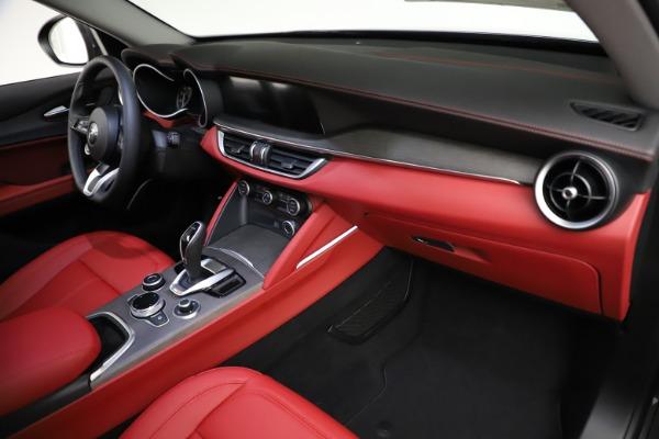 New 2021 Alfa Romeo Stelvio Ti Q4 for sale $55,500 at Alfa Romeo of Westport in Westport CT 06880 21