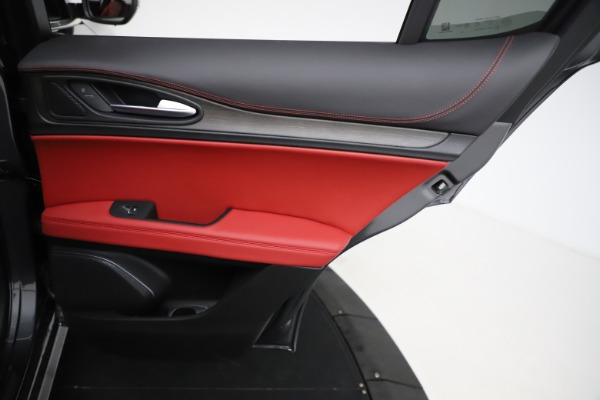 New 2021 Alfa Romeo Stelvio Ti Q4 for sale $55,500 at Alfa Romeo of Westport in Westport CT 06880 26